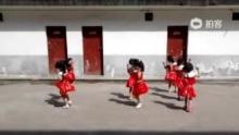 六一儿童节节目2(来自拍客手机客户端 下载地址:http://video.sina.com.cn/app/sinapaike.html)